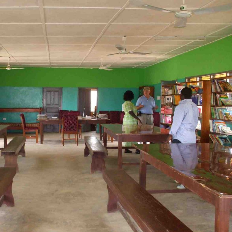 Supporting Ghanaian Libraries